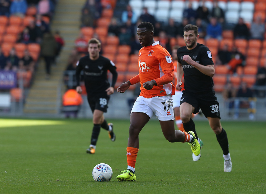 Blackpool's Viv Solomon-Otabor chased by Oxford United's John Mousinho<br /> <br /> Photographer Stephen White/CameraSport<br /> <br /> The EFL Sky Bet League One - Blackpool v Oxford United - Saturday 16th September 2017 - Bloomfield Road - Blackpool<br /> <br /> World Copyright &copy; 2017 CameraSport. All rights reserved. 43 Linden Ave. Countesthorpe. Leicester. England. LE8 5PG - Tel: +44 (0) 116 277 4147 - admin@camerasport.com - www.camerasport.com