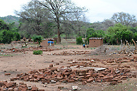 ZAMBIA, Sinazese, village Nkandabbwe, chinese Collum coal mine, villager were displaced and resettled, have lost their farms, demolished village/ SAMBIA, Dorfbewohner mußten der chinesischen Collum Kohlemine weichen und wurden umgesiedelt, zerstoertes Haus