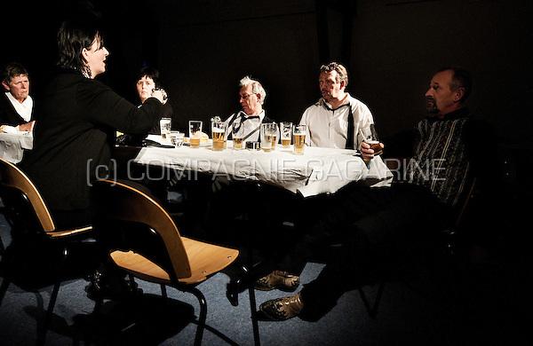 """Theatre company Thumor playing """"Nonkel Gaston is dood... en dan is er koffie"""" from Luk Gijsbrechts, directed by Ivo Vereecken (Belgium, 01/03/2012)"""