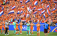 20190707 - LYON , FRANCE : Dutch players pictured thanking the fans after losing the female soccer game between The United States of America – USA-  and the Netherlands – Oranje Leeuwinnen -, the final  of the FIFA Women's  World Championship in France 2019, Sunday 7 th July 2019 at the Stade de Lyon  Stadium in Lyon  , France .  PHOTO SPORTPIX.BE | DAVID CATRY