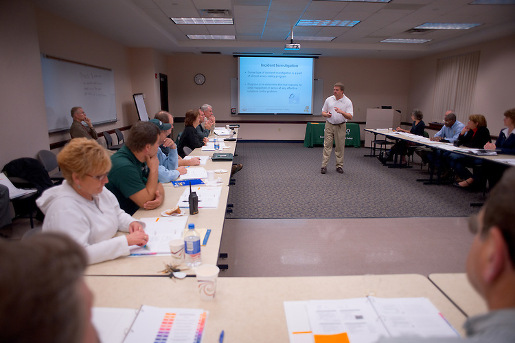 20 supervisors from the Facilities and Auxiliaries participated in a Supervisory Safety Training workshop in HRTC 241 on Monday, October 27th....Occupational Safety Coordinator, Group Leader, Jeffrey Campbell