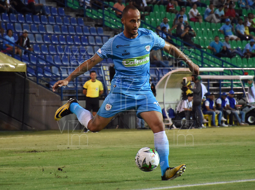 MONTERÍA - COLOMBIA ,30-01-2019:Juan Pablo Zuluaga jugador de Jaguares de Córdoba en acción contra el  el Deportivo Cali durante partido por la fecha 2 de la Liga Águila I 2019 jugado en el estadio Municipal Jaraguay de Montería . / Juan Pablo Zuluaga player of Jaguaes of Cordoba in actions agaisnt  Deportivo Cali   match for the date 2 of the Liga Aguila I 2019 played at Municipal Jaraguay Satdium in Monteria City . Photo: VizzorImage / Andrés Felipe López  / Contribuidor.
