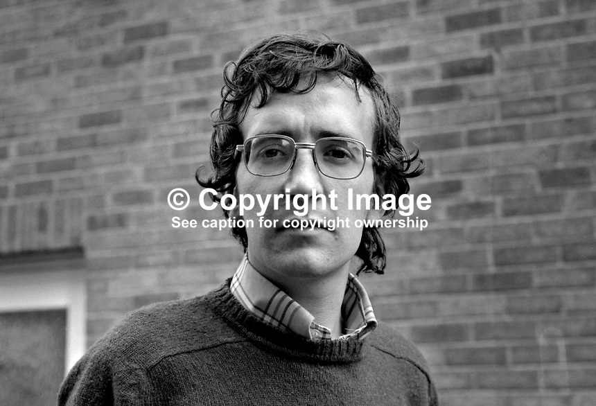 Ciaran Donnelly, press photographer, with the original Pacemaker Press, Belfast, N Ireland, UK, which was owned by Victor Patterson.  197107000296..Copyright Image from Victor Patterson, 54 Dorchester Park, Belfast, UK, BT9 6RJ..Tel: +44 28 9066 1296.Mob: +44 7802 353836.Voicemail +44 20 8816 7153.Skype: victorpattersonbelfast.Email: victorpatterson@mac.com.Email: victorpatterson@ireland.com (back-up)..IMPORTANT: If you wish to use this image or any other of my images please go to www.victorpatterson.com and click on the Terms & Conditions. Then contact me by email or phone with the reference number(s) of the image(s) concerned.