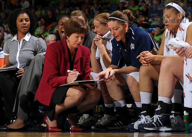 Women's Basketball #44 Alena Christiansen, 2008-09 season..Photo by Matt Cashore/University of Notre Dame..