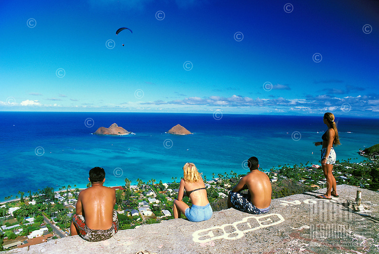 A hikers view of the beautiful Moku lua island from the Lanikai Ridge trail located near Lanikai on oahu's windward side.