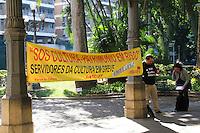 RIO DE JANEIRO, 13.05.2014 - Funcionários da cultura, iniciam também nesta terça-feira, uma greve em reclamo de melhoras salariais no Museu da República, Catete, zona sul da cidade. (Foto: Néstor J. Beremblum / Brazil Photo Press)