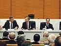 France 2002.Conférence de l' opposition kurde irakienne à Paris.J.Talabani, K.Nezar et M.Barzani.France 2002.Kurdish Iraki Opposition Conference in Paris.J.Talabani, K.Nezarand M.Barzani