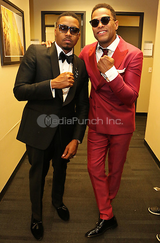 BROOKLYN, NY - FEBRUARY 14: Nas & Maxwell backstage at the Maxwell & Nas concert at The Barclays Center, January 14, 2016 in New York City. Credit: Jamel Johnson/MediaPunch