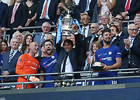 19th May 2018, Wembley Stadium, London, England; FA Cup Final football, Chelsea versus Manchester United; Chelsea Manager Antonio Conte lifts the FA Cup alongside Gary Cahill of Chelsea, Olivier Giroud of Chelsea and Goalkeeepr Wilfredo Caballero of Chelsea