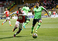 BOGOTA -COLOMBIA, 15-09-2016.Anderson Plata  (Izq.) jugador de Independiente Santa Fe   disputa el balón con Juan Quintero  (Der.) del Deportivo Cali  durante encuentro  por la fecha 12 de la Liga Aguila II 2016 disputado en el estadio Metropolitano de Techo./ Anderson Plata (L) player of Santa Fe   fights for the ball with Juan Quintero (R) player of Deportivo Cali  during match for the date 12 of the Aguila League II 2016 played at Metropolitano de Techo stadium . Photo:VizzorImage / Felipe Caicedo  / Staff