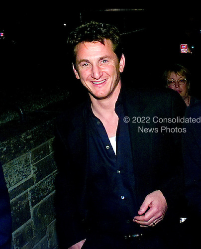 Actor Sean Penn departs the 1999 White House Correspondents Association Dinner at the Washington Hilton Hotel in Washington, D.C. on May 1, 1999..Credit: Ron Sachs / CNP