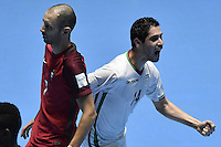 CALI -COLOMBIA-01-10-2016: Mahdi Javid (Der) de Iran celebra  después de anotar el segundo gol de su equipo durante partido entre Irán y Portugal por el 3er y 4to puesto de la Copa Mundial de Futsal de la FIFA Colombia 2016 jugado en el Coliseo del Pueblo en Cali, Colombia. / Mahdi Javid (R) celebrates after scoring the second goal of his team during the match between Iran and Portugal for the third and fourth place of the FIFA Futsal World Cup Colombia 2016 played at Metropolitan Coliseo del Pueblo in Cali, Colombia. Photo: VizzorImage/ Gabriel Aponte / Staff