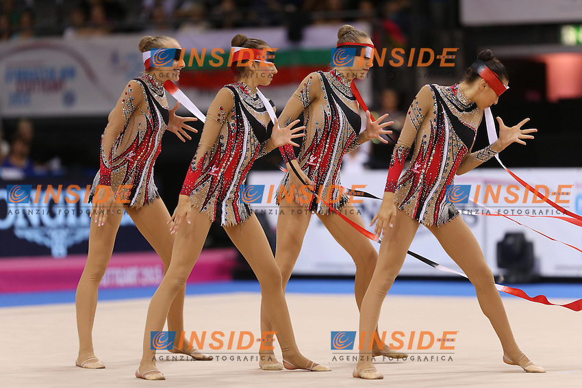 Stoccarda 13-09-2015 <br /> 34th Rhythmic Rhythmic Gymnastic RSG World Championships - Final Group Seniors Groups apparatus Final World Champion Tie team Italy ITA<br /> Campionati del Mondo di Ginnastica Ritmica.<br /> Italia Campione deel Mondo, oro, specialita' dei 5 nastri azzurre Marta Pagnini, Sofia Lodi, Alessia Maurelli, Camilla Patriarca, Andrea Stefanescu <br /> Foto Pressefoto Baumann/Imago/Insidefoto