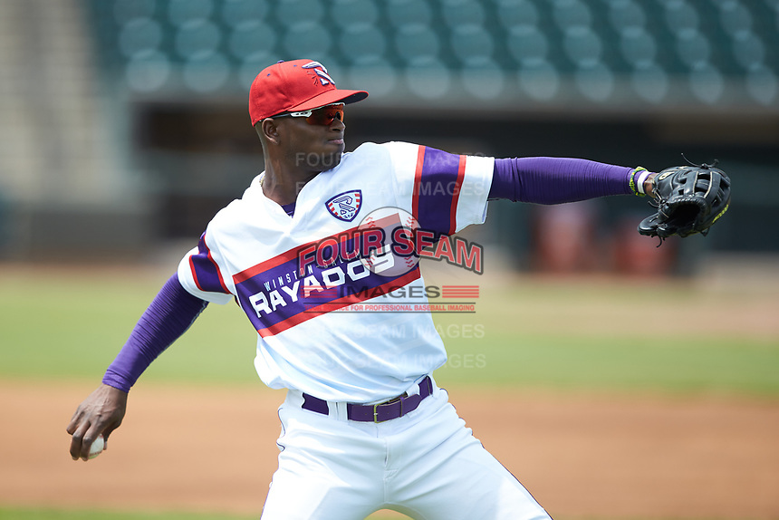 Winston-Salem Rayados outfielder Luis Robert (21) warms up in the outfield prior to the game against the Potomac Nationals at BB&T Ballpark on August 12, 2018 in Winston-Salem, North Carolina. The Rayados defeated the Nationals 6-3. (Brian Westerholt/Four Seam Images)