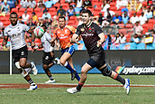 2nd February 2019, Spotless Stadium, Sydney, Australia; HSBC Sydney Rugby Sevens; England versus Fiji; Charlton Kerr of England passes the ball