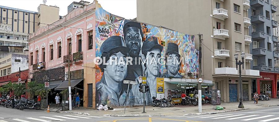 Mural Os Trapalhoes na esquina da Avenida Rio Branco com Rua General Osorio. Sao Paulo. 2017. Foto de Juca Martins.