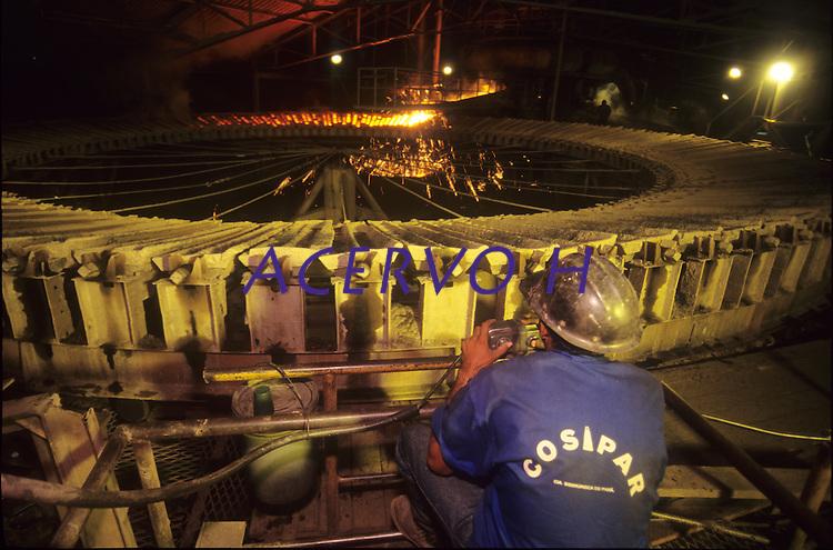 Produção de Ferro Gusa.<br /> Marabá, Pará, Brasil.<br /> Foto Paulo Santos