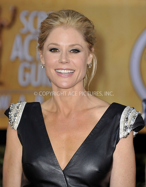 WWW.ACEPIXS.COM....January 27 2013, LA....Julie Bowen arriving at the 19th Annual Screen Actors Guild Awards at The Shrine Auditorium on January 27, 2013 in Los Angeles, California.......By Line: Peter West/ACE Pictures......ACE Pictures, Inc...tel: 646 769 0430..Email: info@acepixs.com..www.acepixs.com