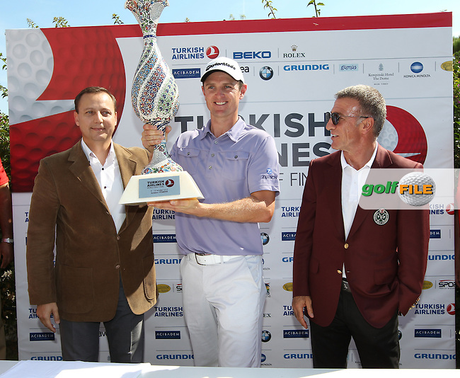 Justin Rose (ENG) winner  of the Turkish Airlines World Golf Final pictured with  Ahmet Agouglu President of the Turkish Golf Federation  in Antalya Golf Club, Antalya, Turkey..Picture: Fran Caffrey/www.golffile.ie.