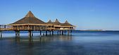 Restaurant sur pilotis, baie de l'Anse Vata, Nouméa, Nouvelle-Calédonie