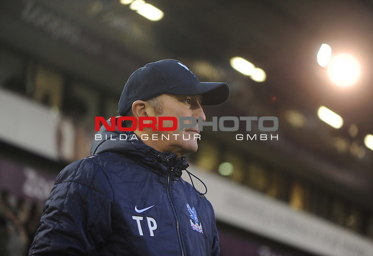 Crystal Palace Manager, Tony Pulis -  04/01/2014 - SPORT - FOOTBALL - West Bromwich - The Hawthorns - West Brom v Crystal Palace - FA Cup - Third Round<br /> Foto nph / Meredith<br /> <br /> ***** OUT OF UK *****