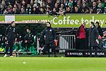 01.12.2018, Weserstadion, Bremen, GER, 1.FBL, Werder Bremen vs FC Bayern Muenchen<br /> <br /> DFL REGULATIONS PROHIBIT ANY USE OF PHOTOGRAPHS AS IMAGE SEQUENCES AND/OR QUASI-VIDEO.<br /> <br /> im Bild / picture shows<br /> Florian Kohfeldt (Trainer SV Werder Bremen) w&uuml;tend in der Nachspielzeit in Coachingzone / an Seitenlinie, Jan Neitzel-Petersen (4. Offizieller Schiedsrichter / 4th referee), Niko Kovač / Kovac (Trainer FC Bayern Muenchen), <br /> <br /> Foto &copy; nordphoto / Ewert