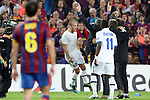 Football - FC Barcelona v Inter Milan UEFA Champions League Semi Final Second Leg - Camp Nou Stadium, Barcelona, Spain - 28/4/10 Inter Milan's coach Jose Mourinho celebrating with Wesley Sneijder after winning the match and Xavi Hernandez of Barcelona