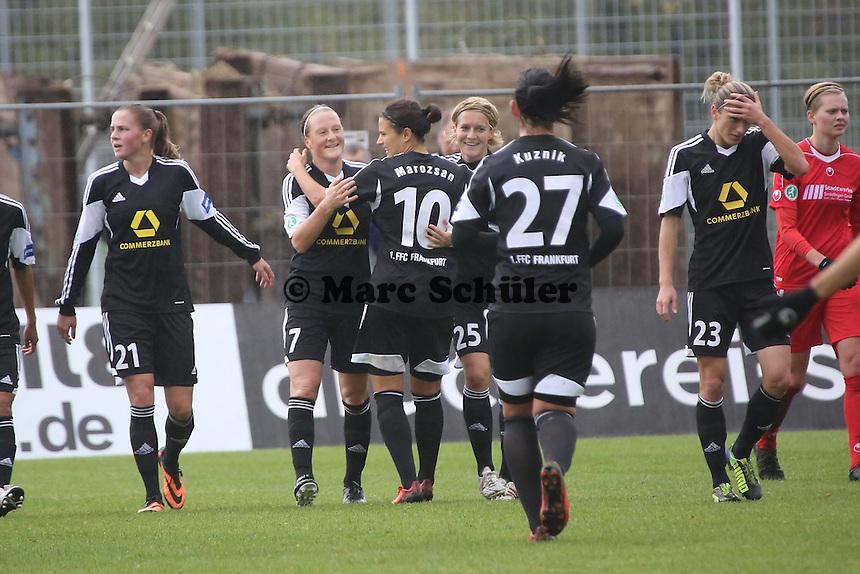 Torjubel 1. FFC Frankfurt um Melanie Behringer - 1. FFC Frankfurt vs. VfL Sindelfingen