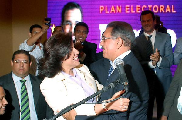 la primera dama, Margarita Cedeño de Fernández, fue presentada este miércoles como la candidata vicepresidencial del Partido de la Liberación Domincana (PLD).