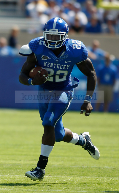 Danny Trevathan, linebacker for the University of Kentucky Wildcats, ran the ball against Central Michigan University, in Commonwealth Stadium, on Saturday, September 10, 2011. Photo by Latara Appleby | Staff ..