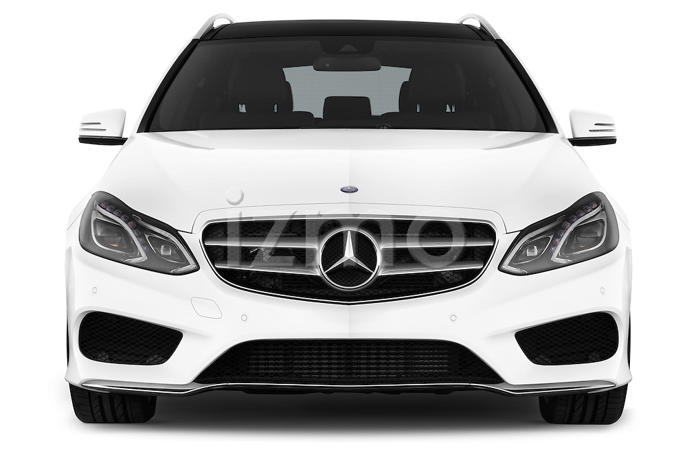 Car photography straight front view of a 2015 Mercedes Benz Classe E E250 4Matic 5 Door Wagon 4WD Front View