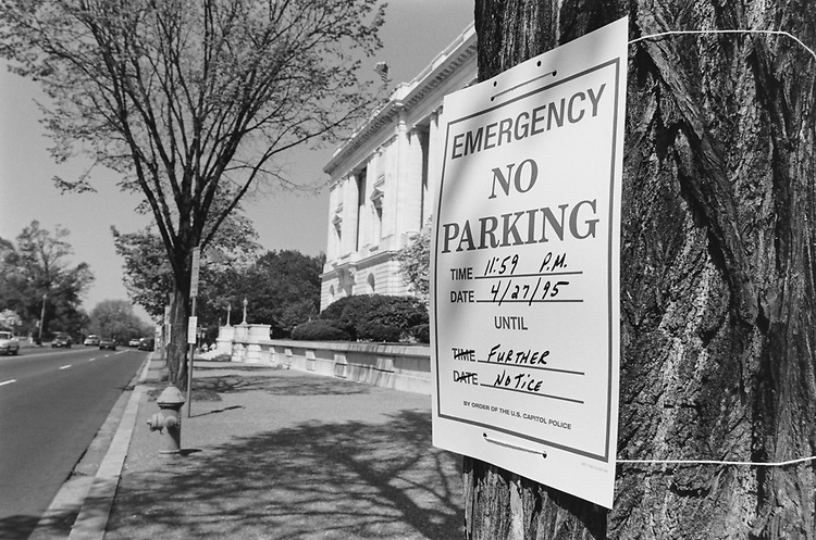 Security measures include no parking on Construction Avenue along the Russell Senate Office Building on May 4, 1995. (Photo by Laura Patterson/CQ Roll Call via Getty Images)