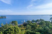 France, Gironde, Cote d'Argent, Lacanau, Lacanau Lake, Longarisse Bay (aerial view) // France, Gironde (33), Côte d'Argent, Lacanau, lac de Lacanau, baie de Longarisse (vue aérienne)