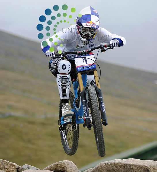 Rachel Atherton Britain who was second in the Ladies D0wnhill  UCI  Mountain Bike World Cup at Nevis Range Fort William the competition runs for two day with 4x and downhill on the sunday 05/06/10.Universal News and Sport (Europe).All pictures must be credited to  www.universalnewsandsport.com. (0ffice).0844 884 51 22