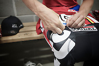 pré-race ritual: Gert Dockx (BEL/Lotto-Belisol) putting on his race number<br /> <br /> Heistse Pijl 2014