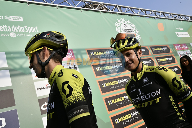 Esteban Chaves (COL) and Mitchelton-Scott at sign on before the 113th edition of Il Lombardia 2019 running 243km from Bergamo to Como, Italy. 12th Octobre 2019. <br /> Picture: Marco Alpozzi/LaPresse | Cyclefile<br /> <br /> All photos usage must carry mandatory copyright credit (© Cyclefile | LaPresse/Marco Alpozzi)