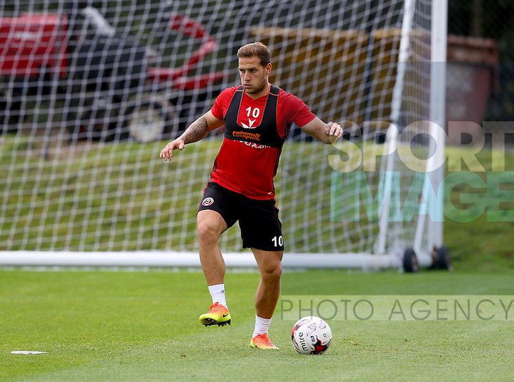 Billy Sharp of Sheffield Utd during the Sheffield Utd training session at the Shirebrook training complex, Sheffield. Picture date: 2nd September 2016. Picture Simon Bellis/Sportimage