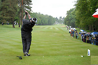 Vijay Singh tees off on the 3rd hole during the final round of the BMW PGA Championship at Wentworth Club, Surrey, England 27th May 2007 (Photo by Eoin Clarke/NEWSFILE)