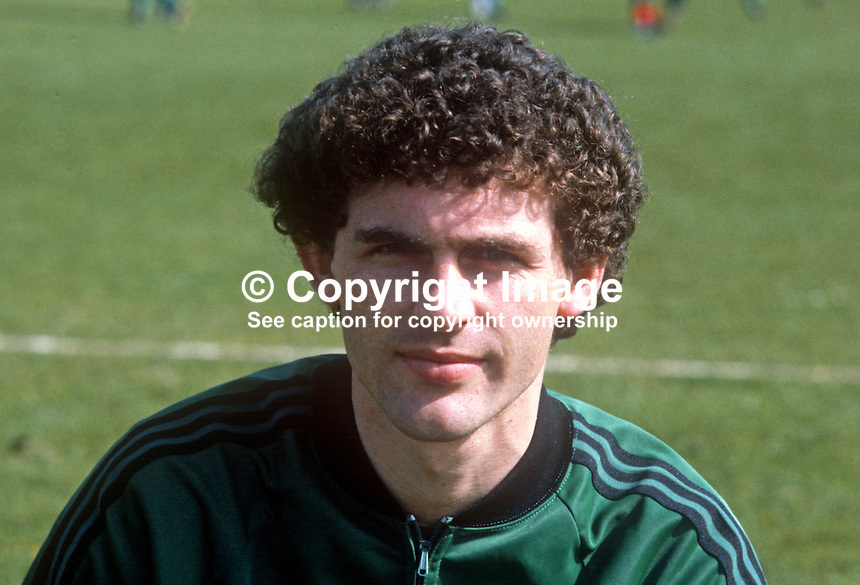 Jim Cleary, Glentoran FC, Belfast, N Ireland, training session, N Ireland tracksuit, March 1982, 198203000060JC<br />
