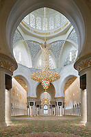 The Sheikh Zayed Grand Mosque in Abu Dhabi, also known as the White Mosque, is a masterpiece of architecture and craftsmanship. In the centre of the dome above the main prayer hall a chandelier in Murano glass and Swarovski crystals by sculptor Dale Chihuly measures 10m in diameter and is 15m tall.