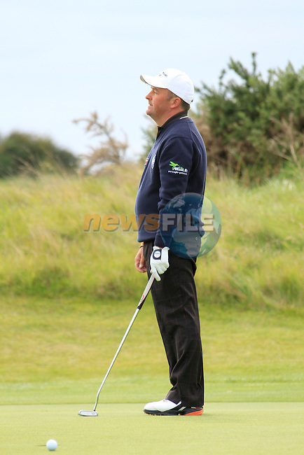Damien McGrane misses a birdie putt on the 13th green during Day 3 of the 100th Irish PGA championship at Seapoint Golf Club, Co Louth...Picture Eoin Clarke/www.golffile.ie.