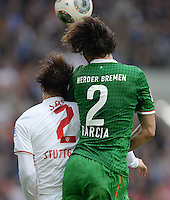 Fussball  1. Bundesliga  Saison 2013/2014  8. Spieltag VfB Stuttgart - SV Werder Bremen     05.10.2013 Santiago Garcia (re, SV Werder Bremen) gegen Gotoku Sakai (VfB Stuttgart)