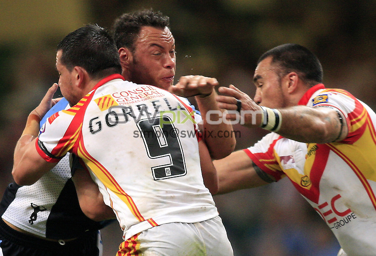 Pix: Chris Mangnall /SWpix.com, Rugby League Super League. Millennium Magic Cardiff. 04/05/08 Catalans Dragons v Harlequins RL....picture copyright>>simon wilkinson>>07811267 706>>....Catalan's Aaron Gorrell and Alex Chan tackle  Harlequin's Karl Temata