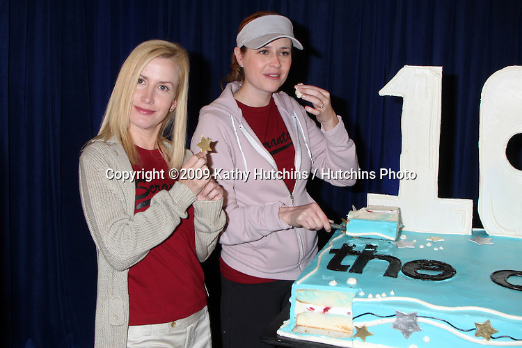 """Angela Kinsey & Jenna Fischer  100th Episode of """"The Office""""  On Location at Calamigos Ranch in Malibu , CA on April 14, 2009.©2009 Kathy Hutchins / Hutchins Photo....                ."""