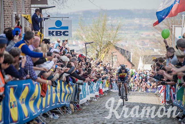 Philippe Gilbert (BEL/Quick Step floors) solo up the Oude Kwaremont<br /> <br /> 101th Ronde Van Vlaanderen 2017 (1.UWT)<br /> 1day race: Antwerp &rsaquo; Oudenaarde - BEL (260km)