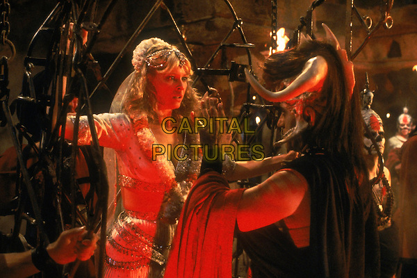 KATE CAPSHAW & AMRISH PURI.in Indiana Jones and the Temple of Doom.*Filmstill - Editorial Use Only*.CAP/PLF.Supplied by Capital Pictures.