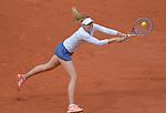 Maria Sharapova (RUS) defeats Samantha Stosur (AUS) 6-3, 6-4