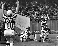 Oakland Raiders Cliff Branch Touchdown against the San  Francisco 49ers..Aug 31,1975.(photo/Ron Riesterer)