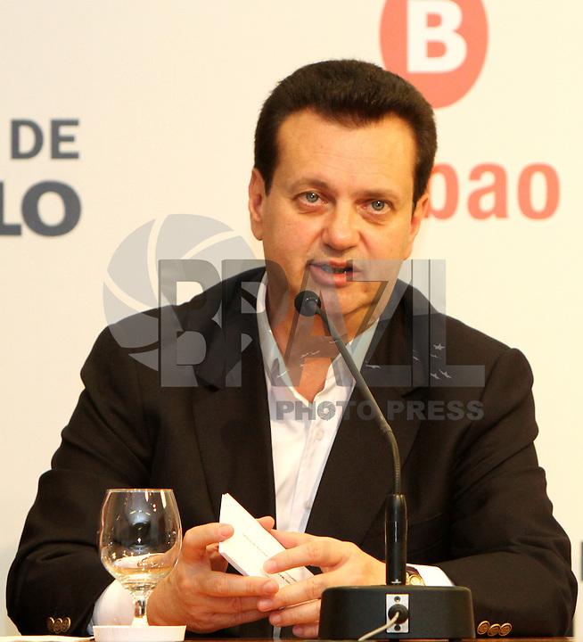 ATENCAO EDITOR: FOTO EMBARGADA PARA VEICULO INTERNACIONAL - SÃO PAULO, SP, 19 SETEMBRO 2012 - Coletiva de imprensa do prefeito Gilberto Kassab sobre o Grand Slam de Xadrez 2012 na prefeitura de São Paulo na capital paulista  nessa quarta, 19. (FOTO: LEVY RIBEIRO / BRAZIL PHOTO PRESS)
