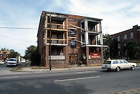 1986 October 0..Redevelopment.Huntersville 1&2 (R-70)..308 26TH STREET...NEG#.NRHA#..